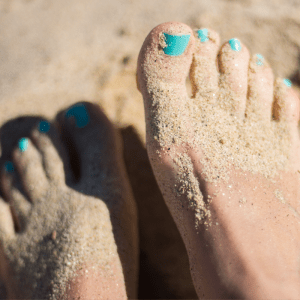SUmmer_nail_care_Article_Qwell
